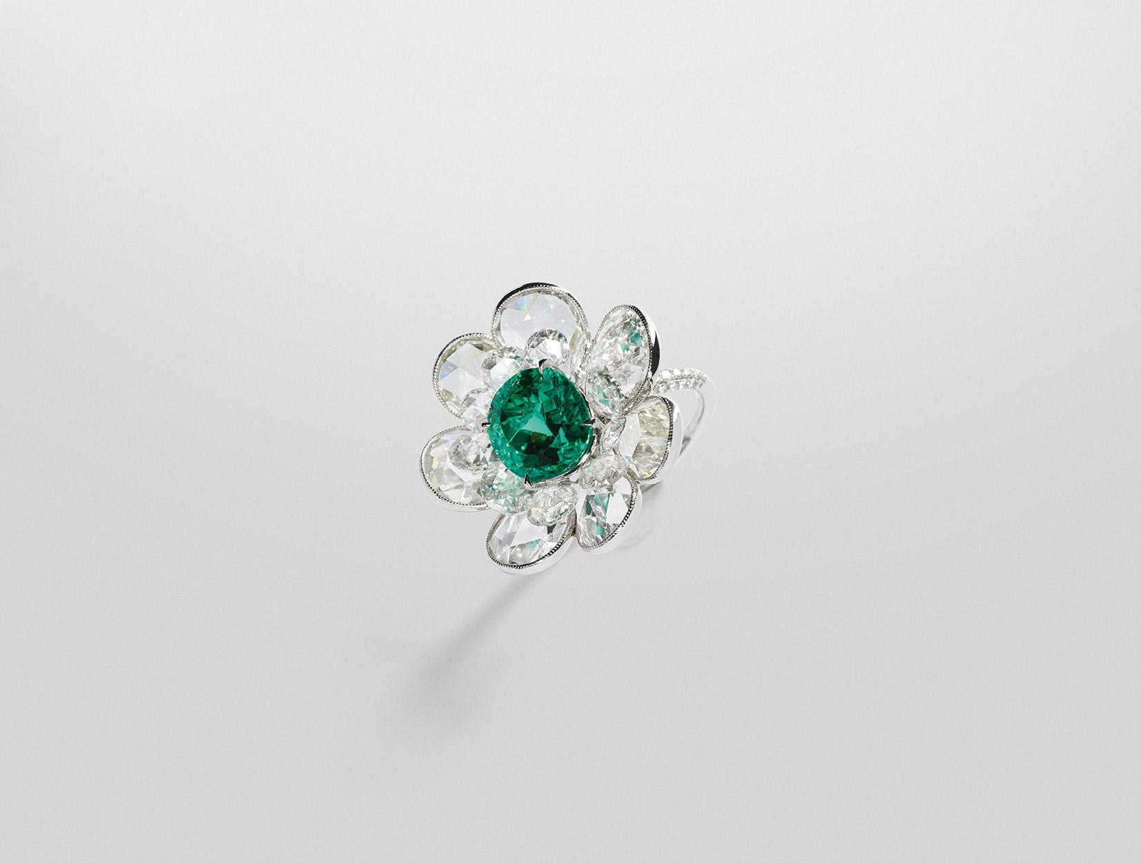 Emerald Ring 02 | Maria Gaspari