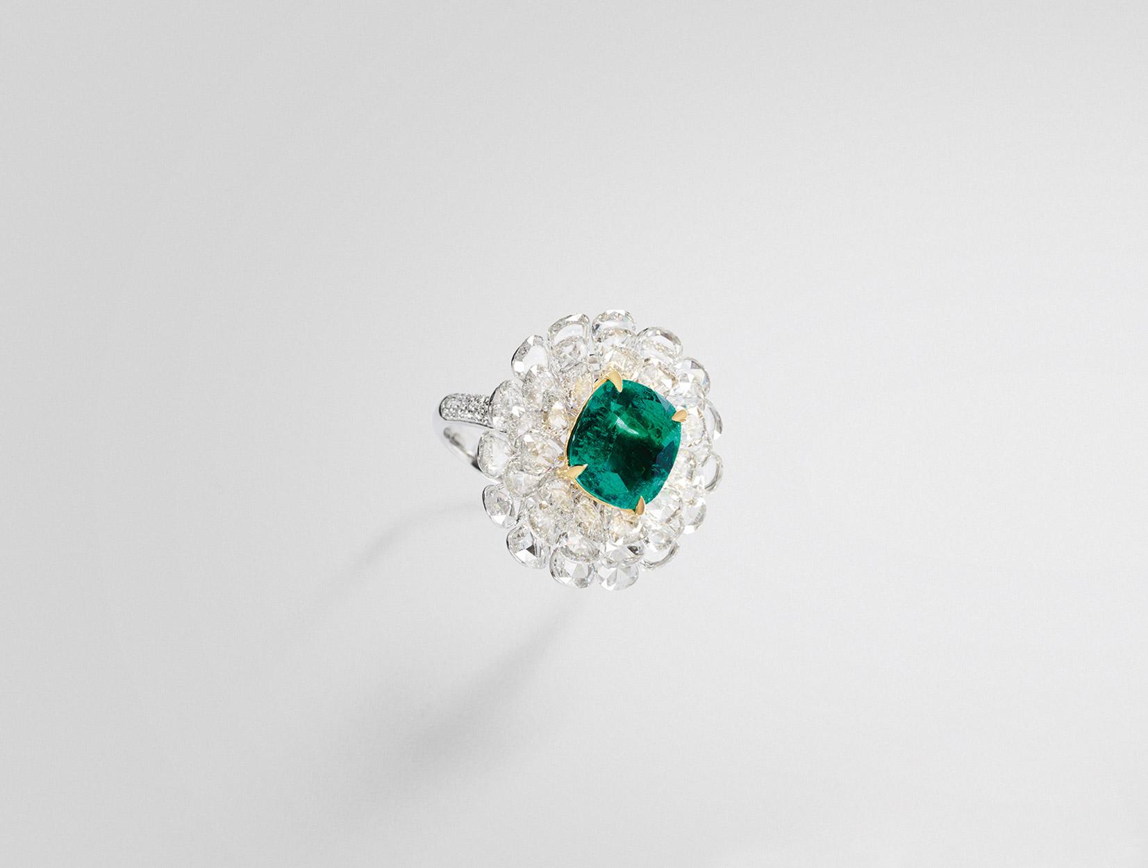 Emerald Ring 01 | Maria Gaspari