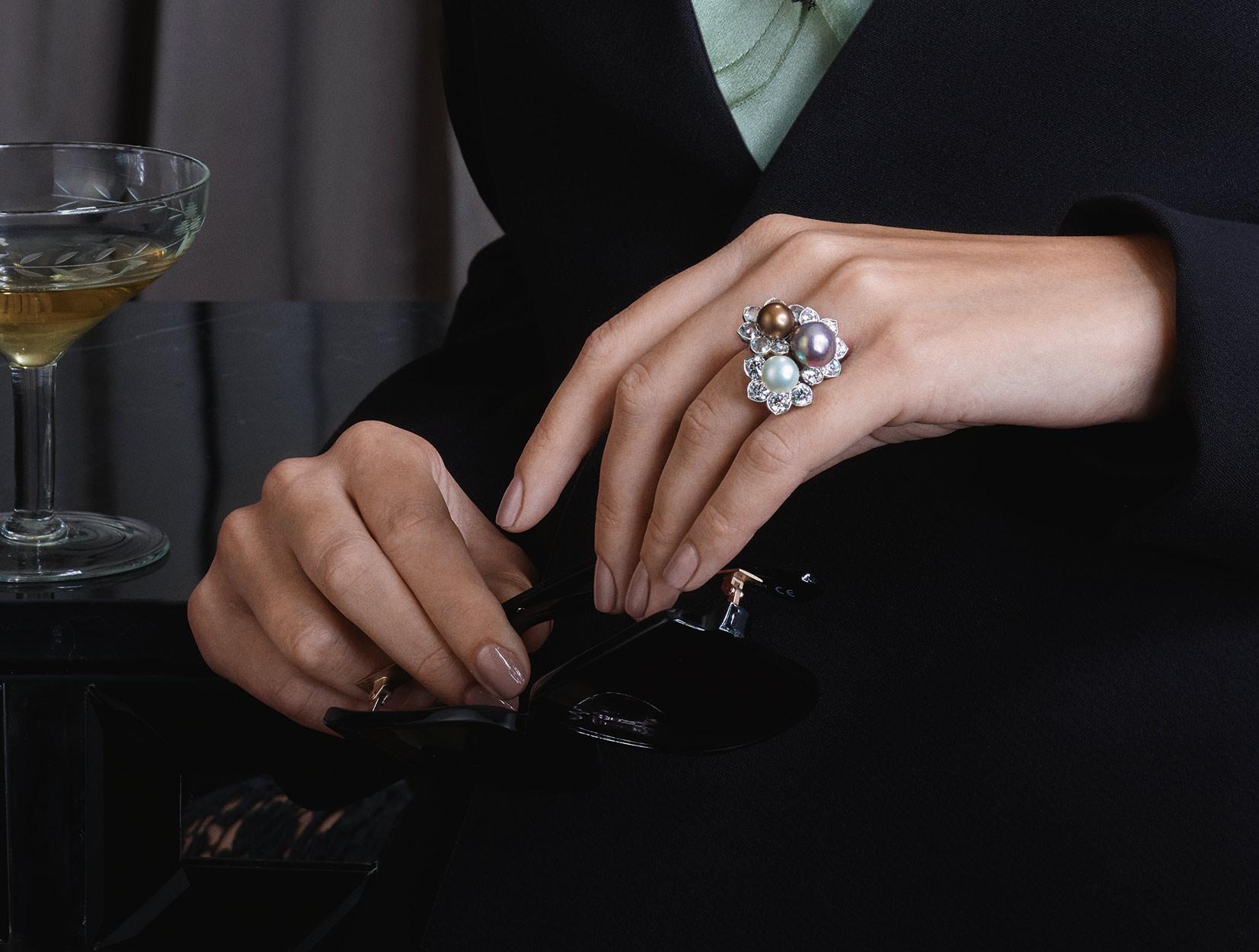 Pearls Ring 01 | Maria Gaspari